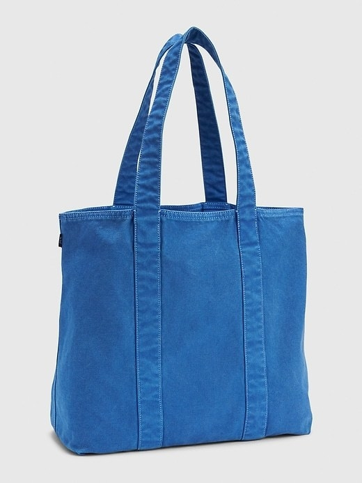 The tote in blue