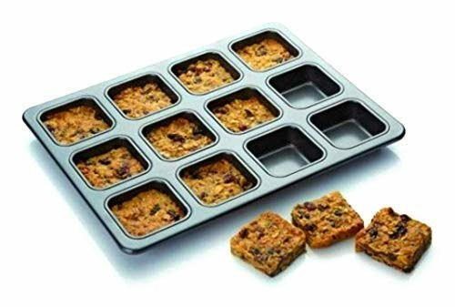 A brownie baking pan