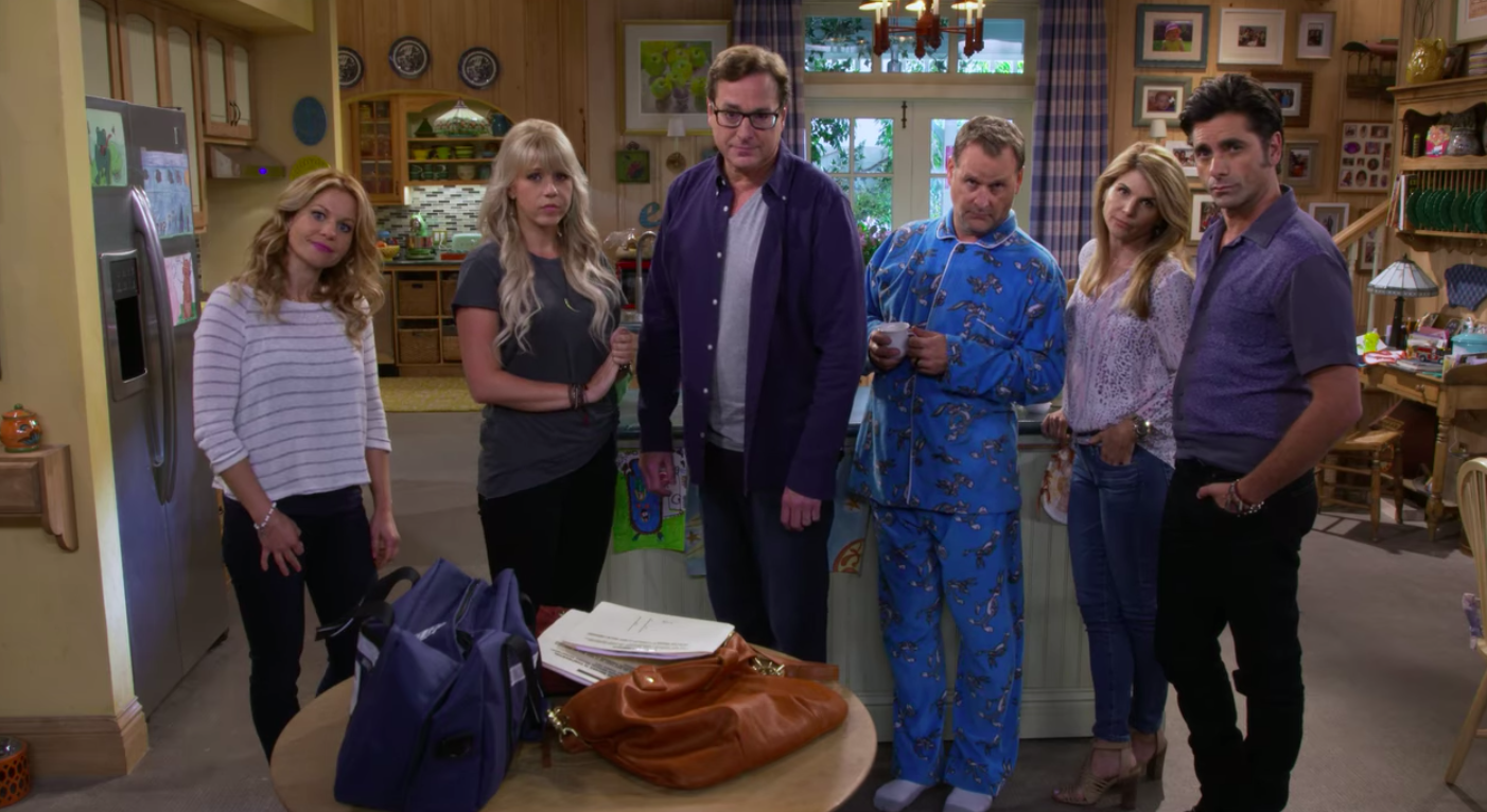 A still of D.J., Stephanie, Danny, Joey, Becky, and Jesse in Fuller House