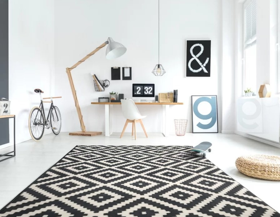 Black and white patterened washable area rug