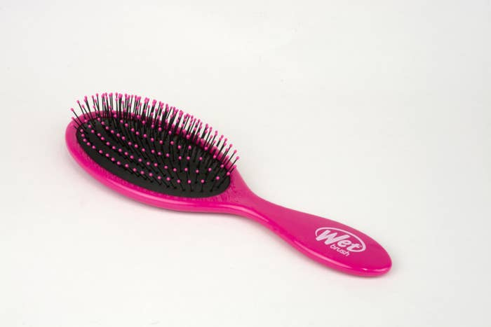 The wet brush in pink