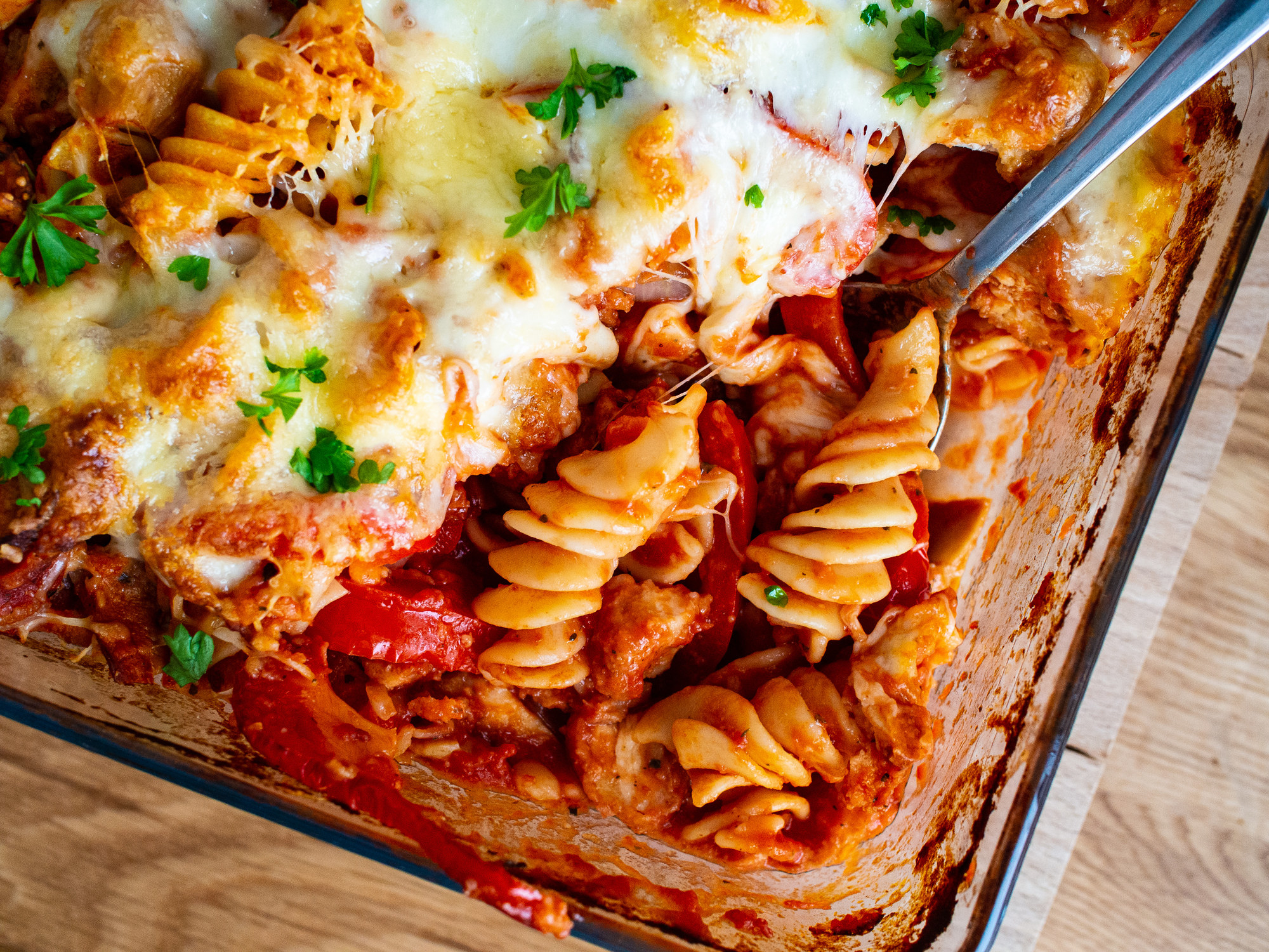 Cheesy baked pasta with herbs.