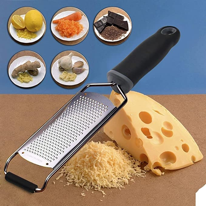Grater that can be used for cheese, lemon, carrots, chocolate, ginger and garlic.
