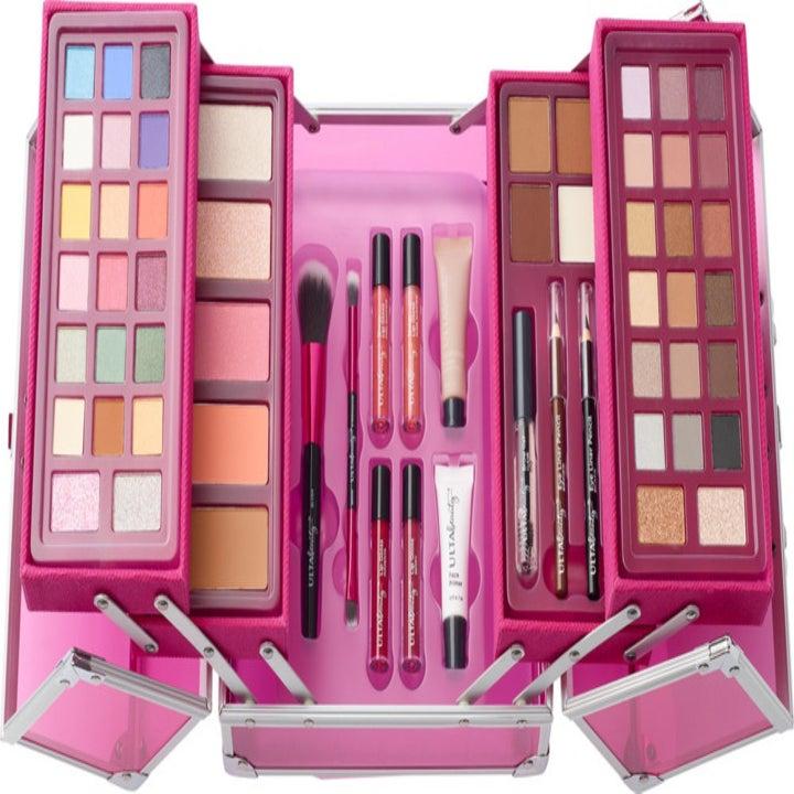 The inside of Ulta's Beauty Box: Artist Edition.