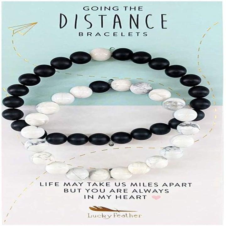 the black and white bracelet set