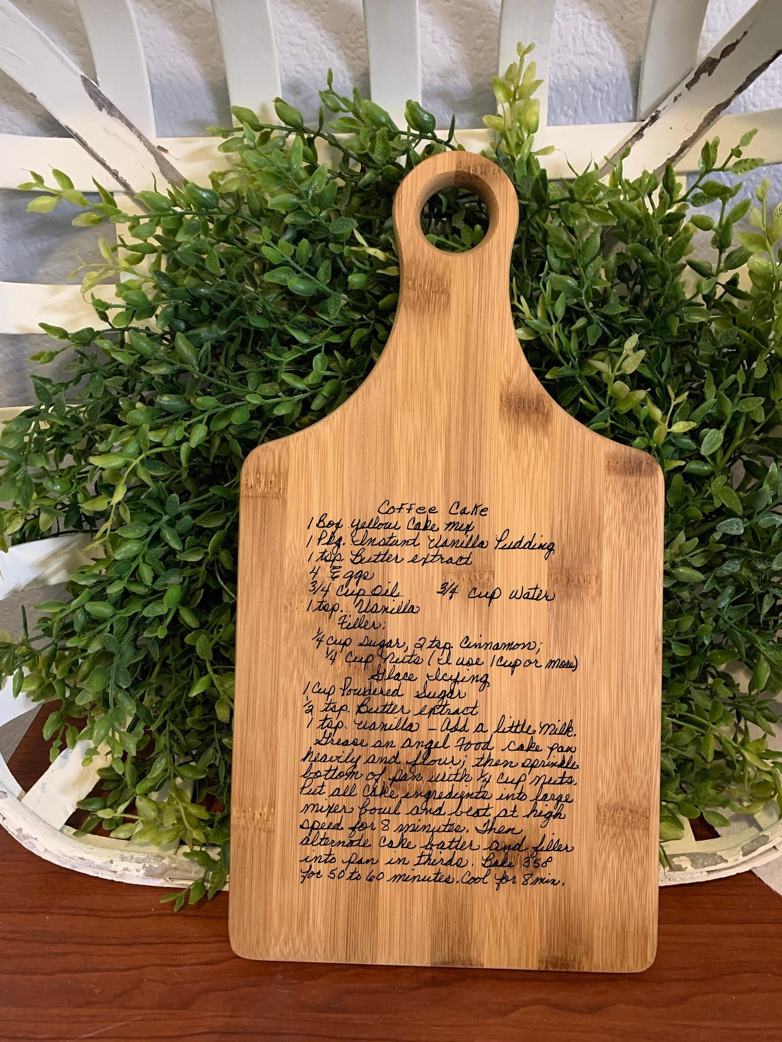 Personalized handwritten cutting board