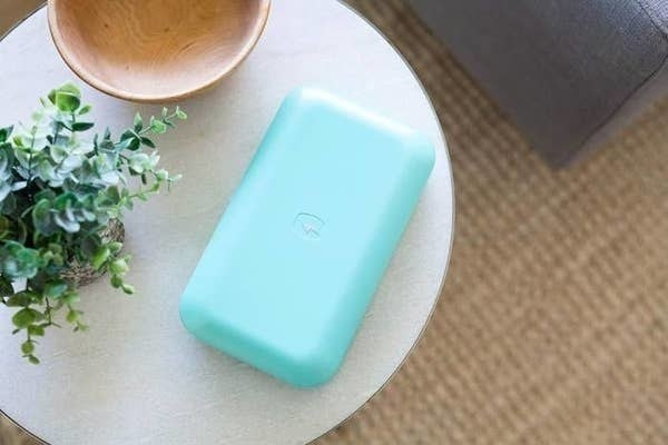 The PhoneSoap in aqua