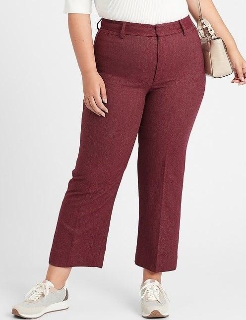 model wearing berry pants
