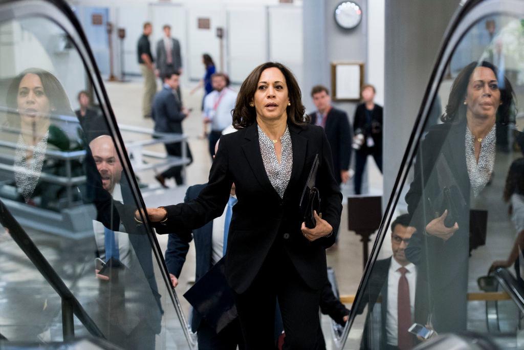 Harris on an escalator