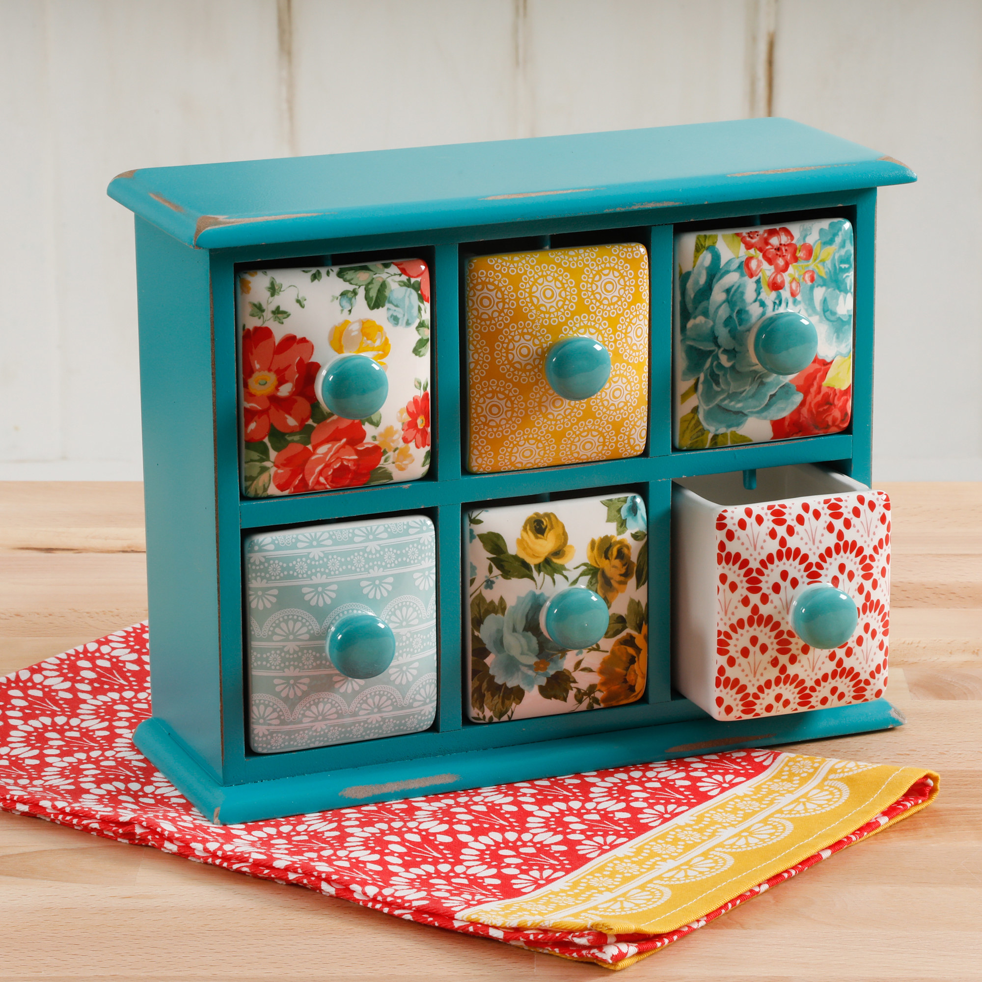 The floral and quaintly patterned mini drawer set