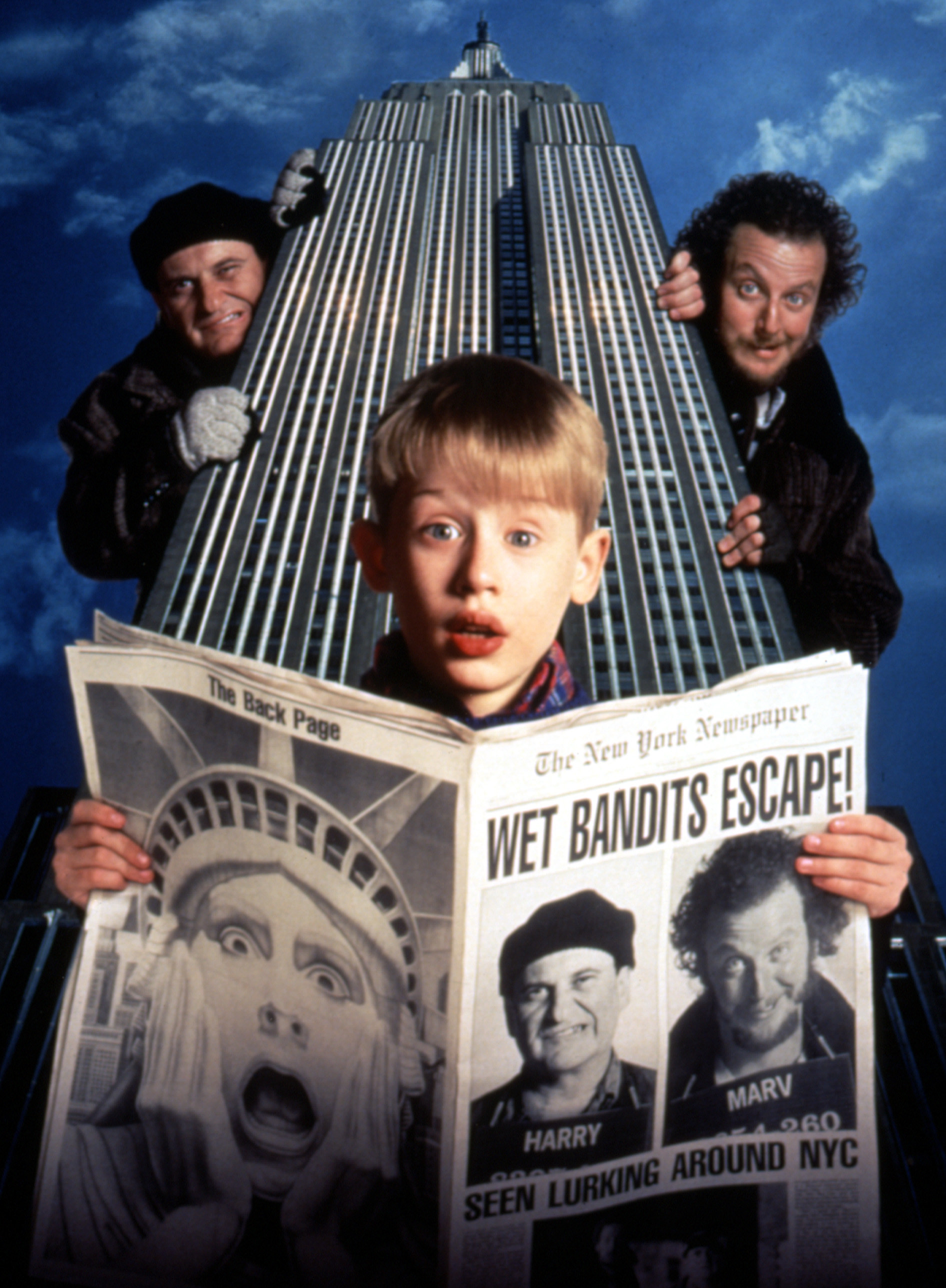 HOME ALONE 2: LOST IN NEW YORK, Joe Pesci, Macaulay Culkin, Daniel Stern, 1992.
