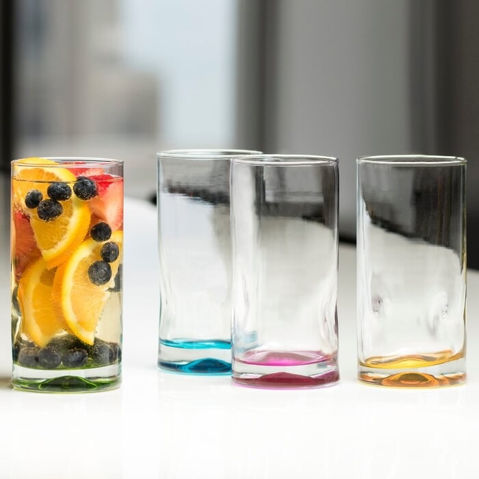 The drinking glass set