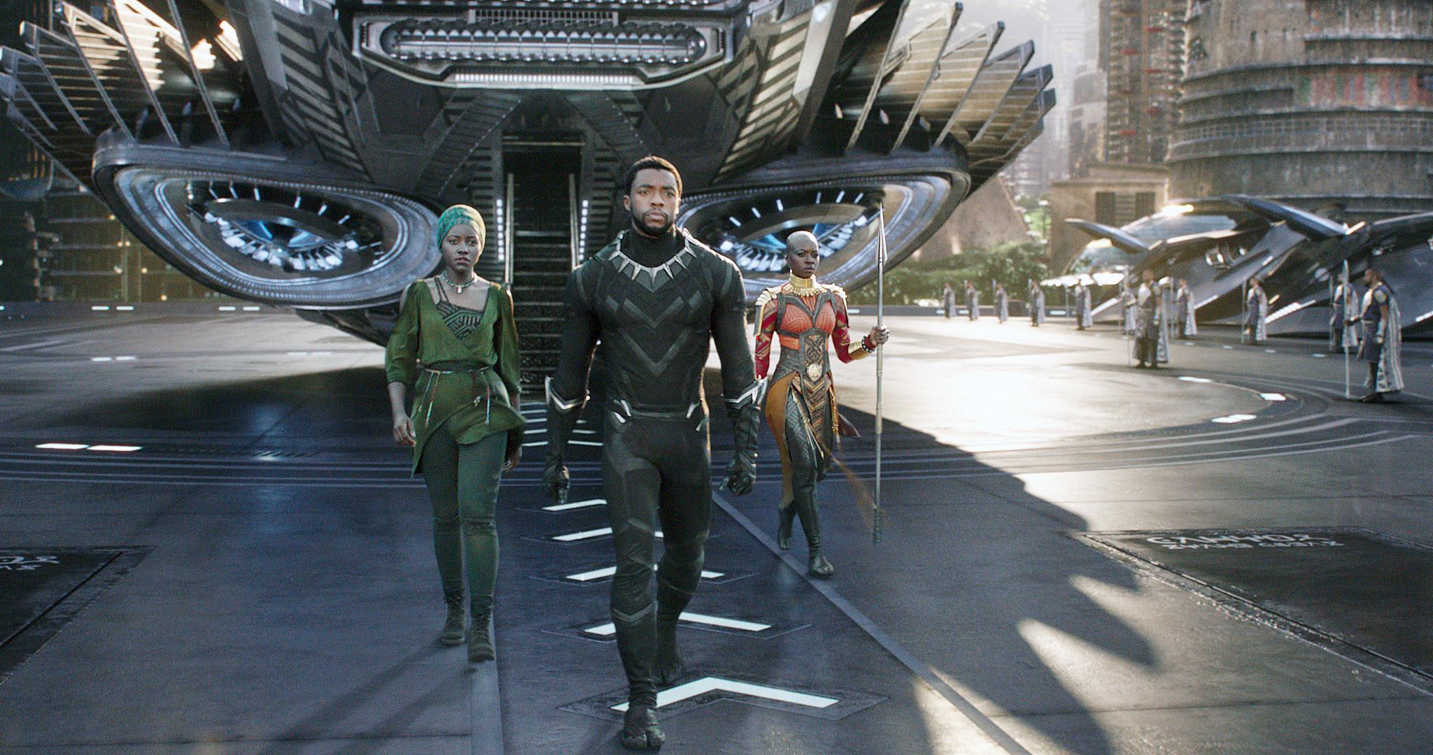 Lupita Nyong'o, Chadwick Boseman, Danai Gurira leaving an aircraft in Wakanda