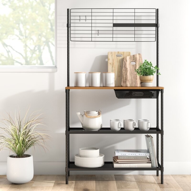 The black and brown baker's rack