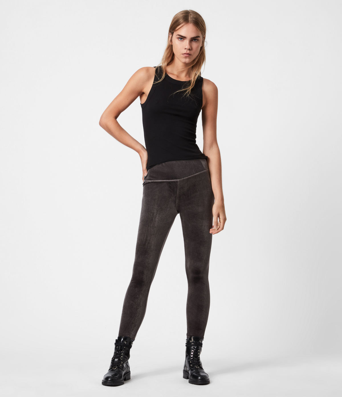 Model wearing black leggings