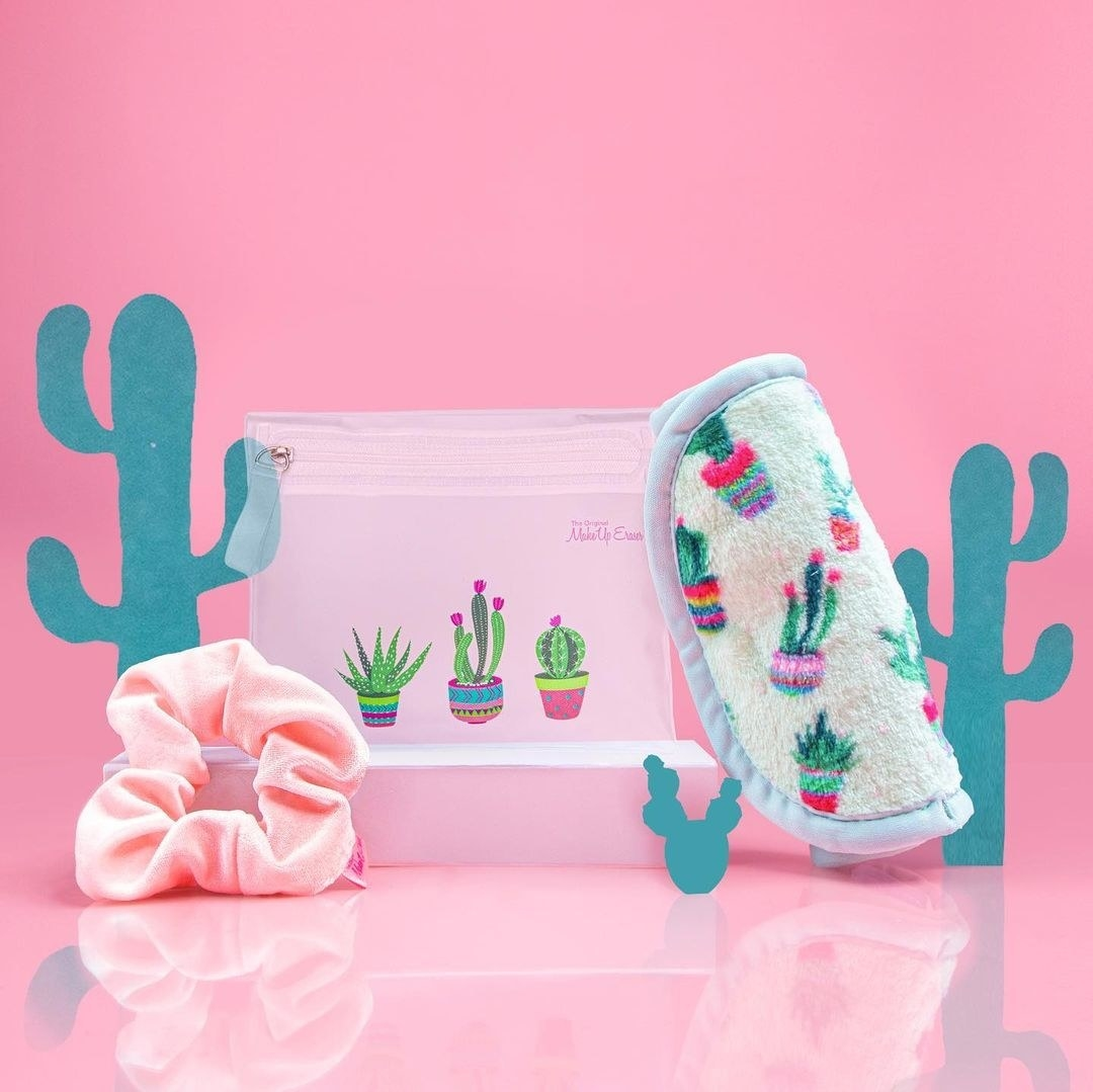 The three-piece gift set against a vintage-inspired cactus backdrop