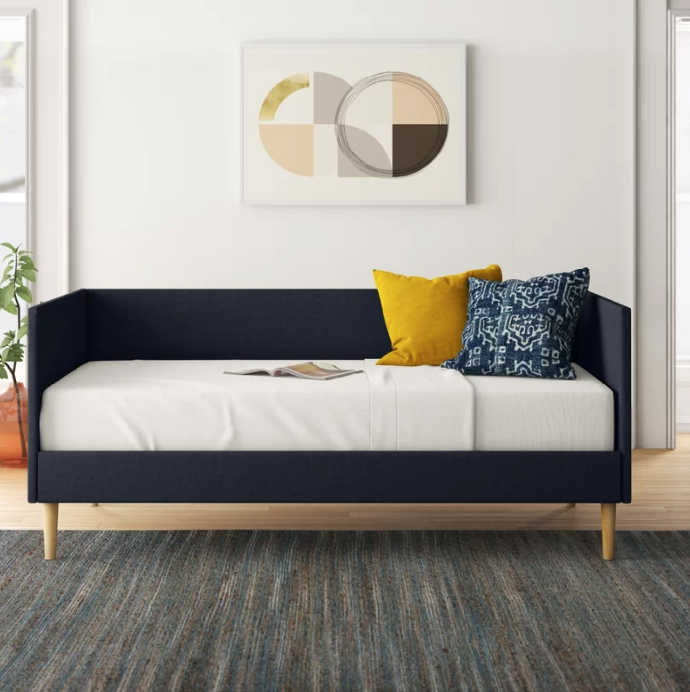 The daybed in navy