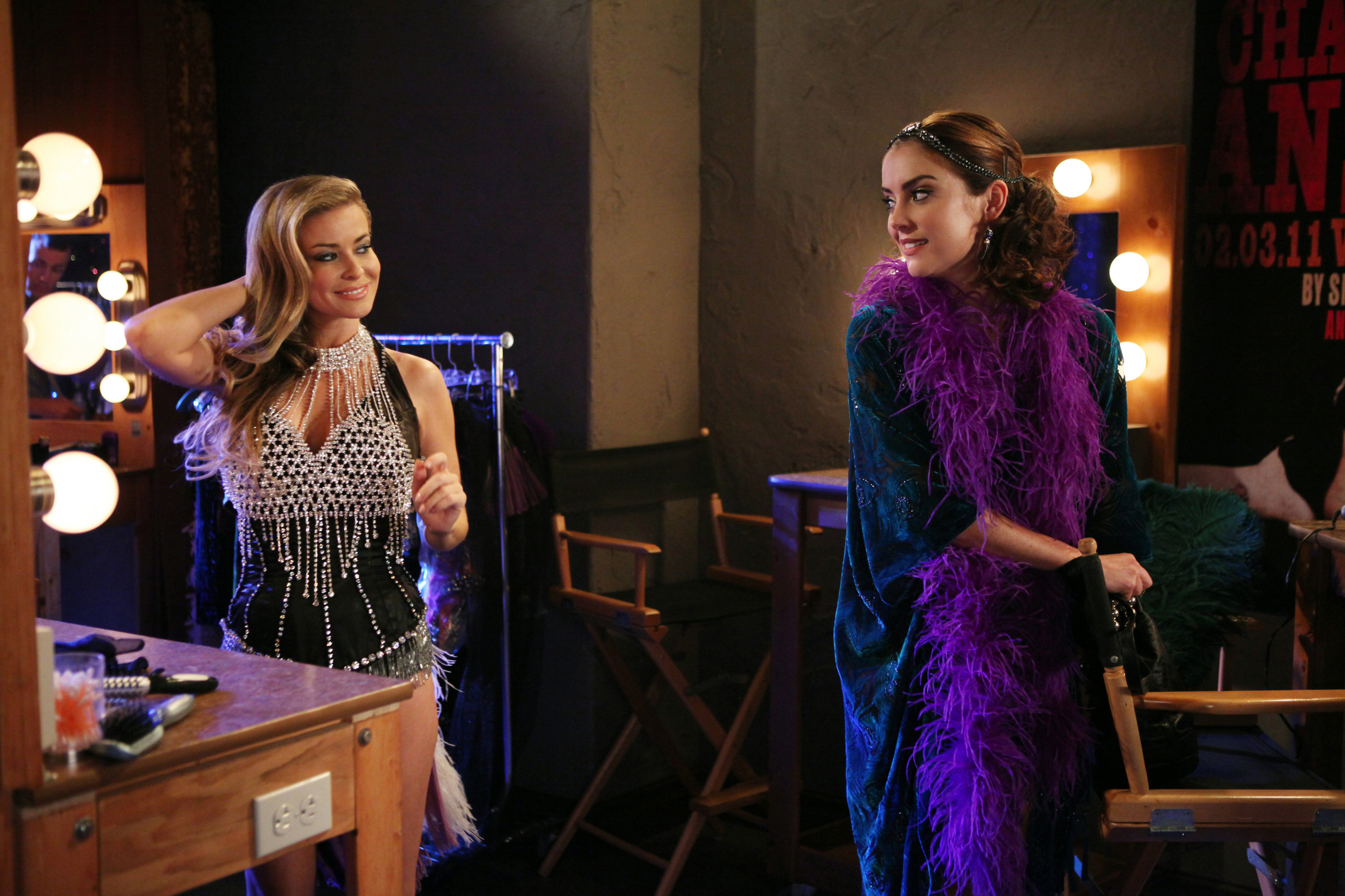 Carmen and Electra talking backstage