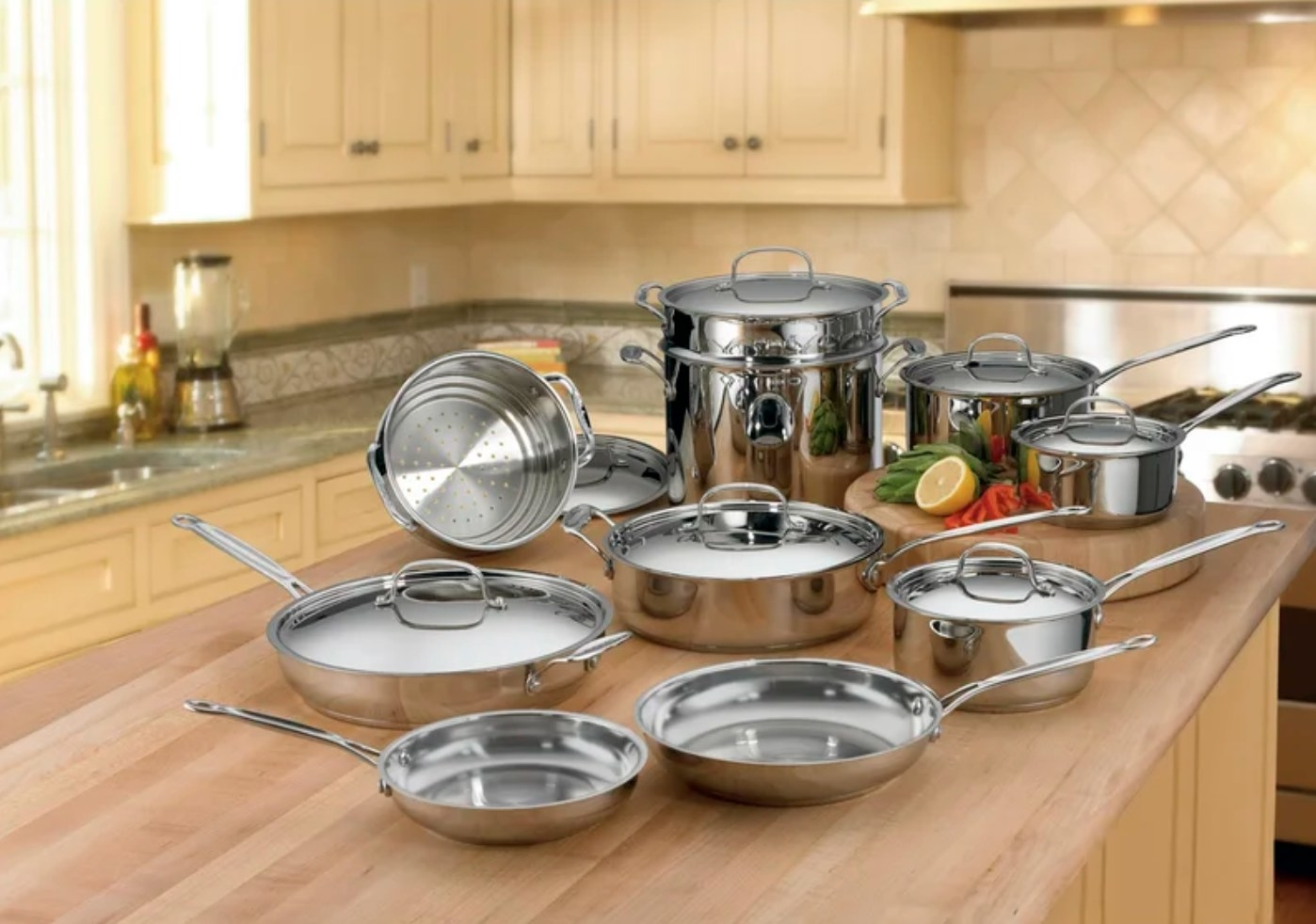 The 17 piece stainless steel cookware set