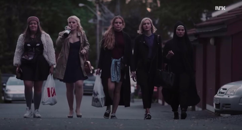 The women of SKAM walking