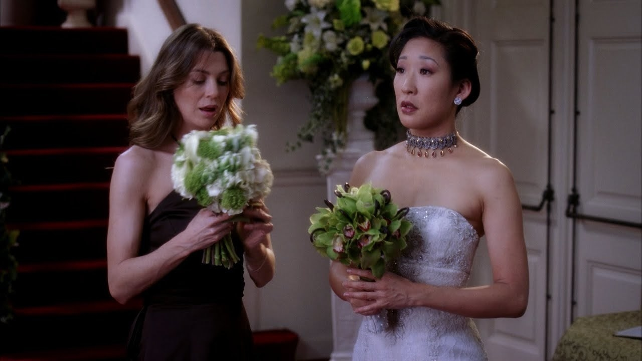 Cristina and Meredith discussing whether or not she wants to walk down the aisle.