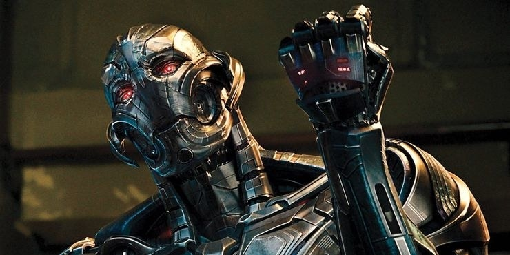 Ultron trying to pretend he's powerful and strong but he's just metal