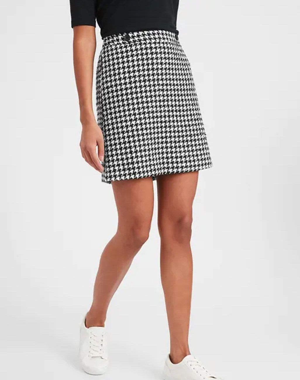 The houndstooth a-line mini skirt in black/white