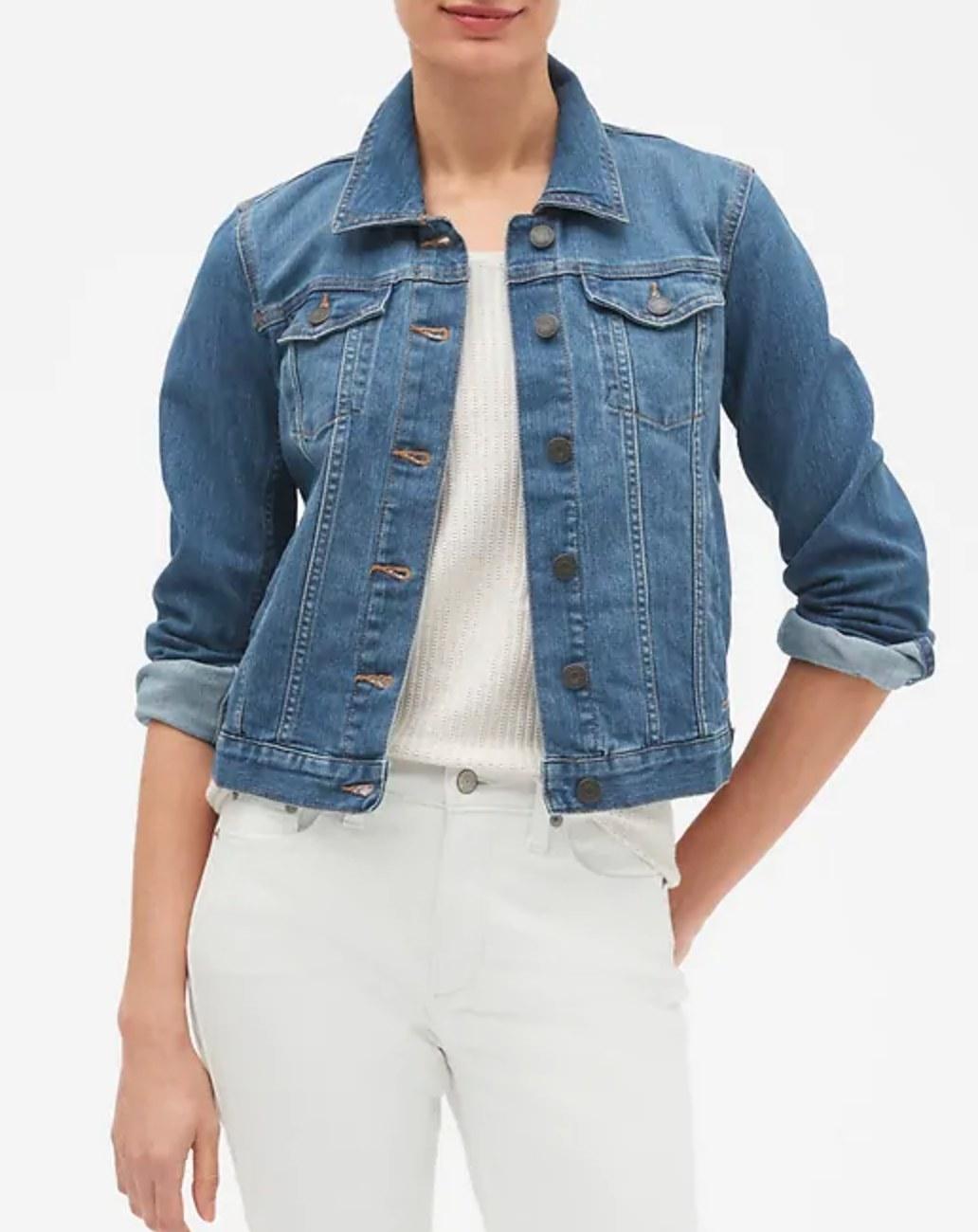 The denim jean jacket in medium wash