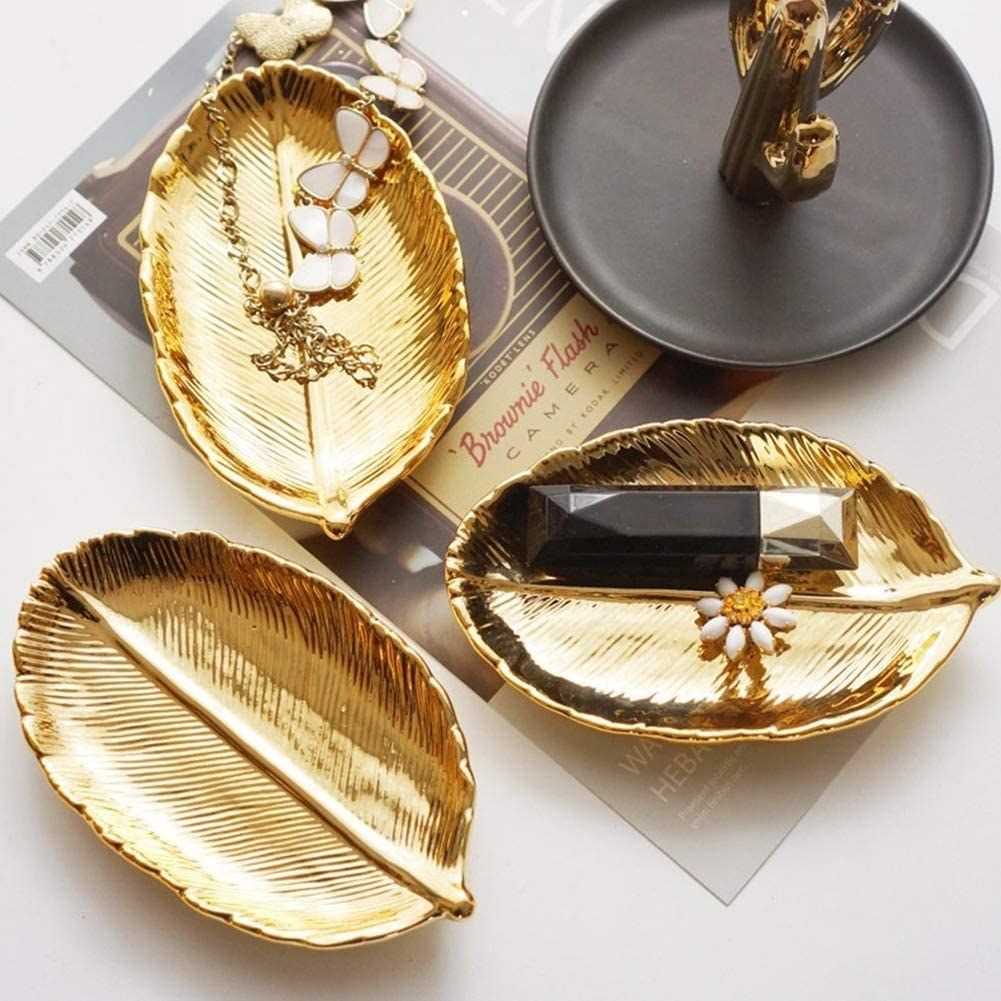 the gold leaf shaped tray