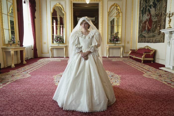 "The Princess Diana Wedding Dress ""The Crown"" Didn't Show"
