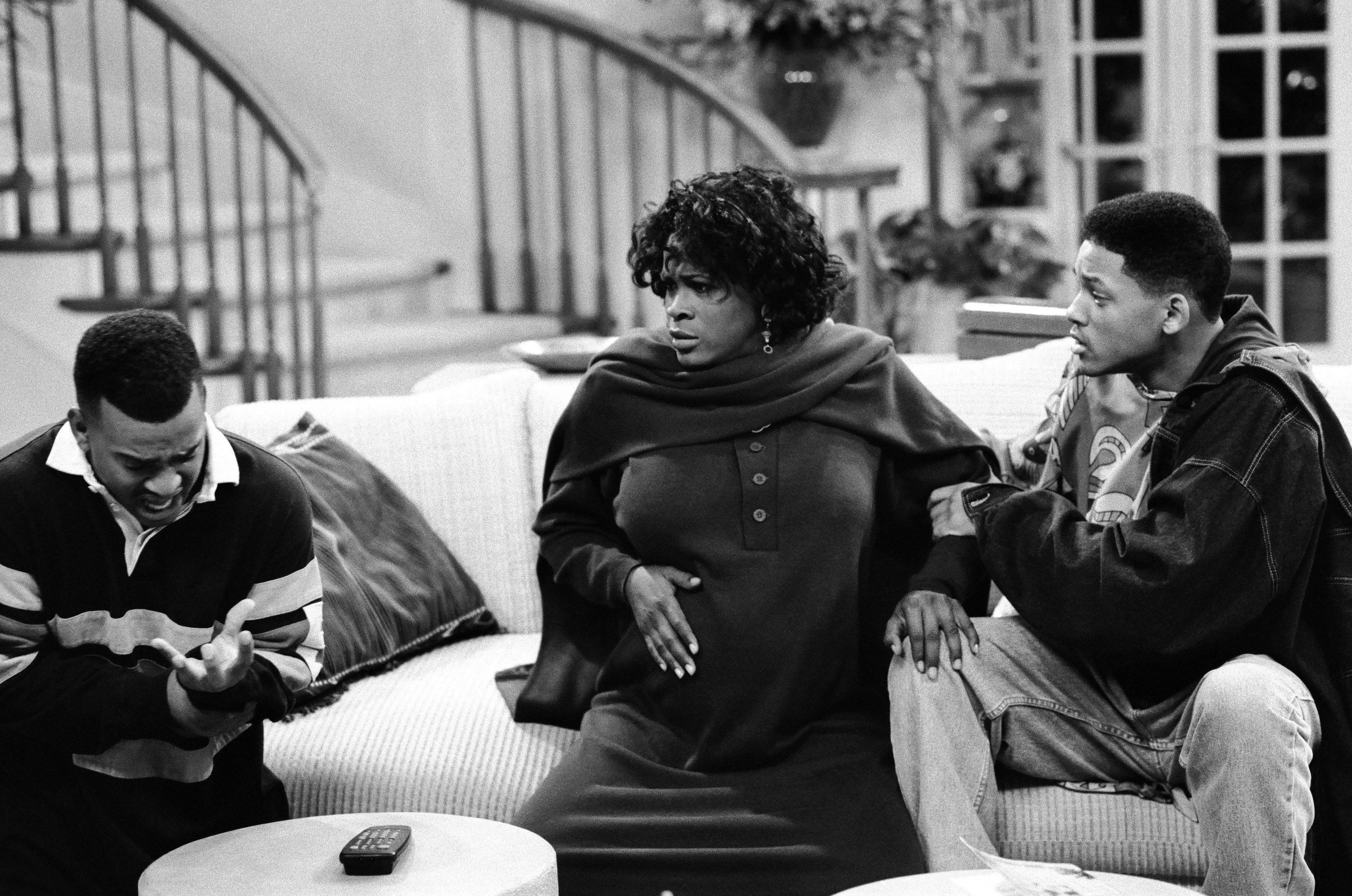 Carlton Banks, a pregnant Aunt Viv, and Will Smith