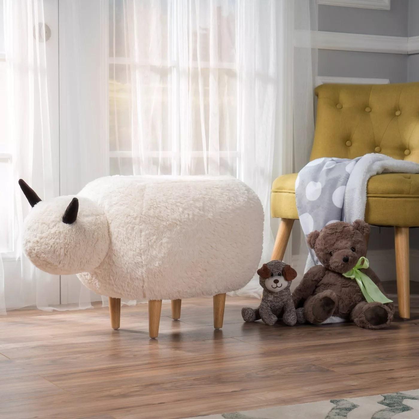 The sheep-shaped ottoman