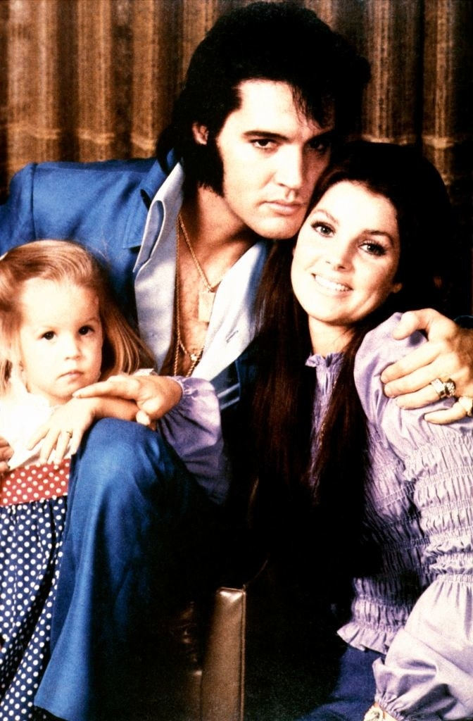 Elvis PRESLEY, with his wife Priscilla and daughter Lisa-Marie
