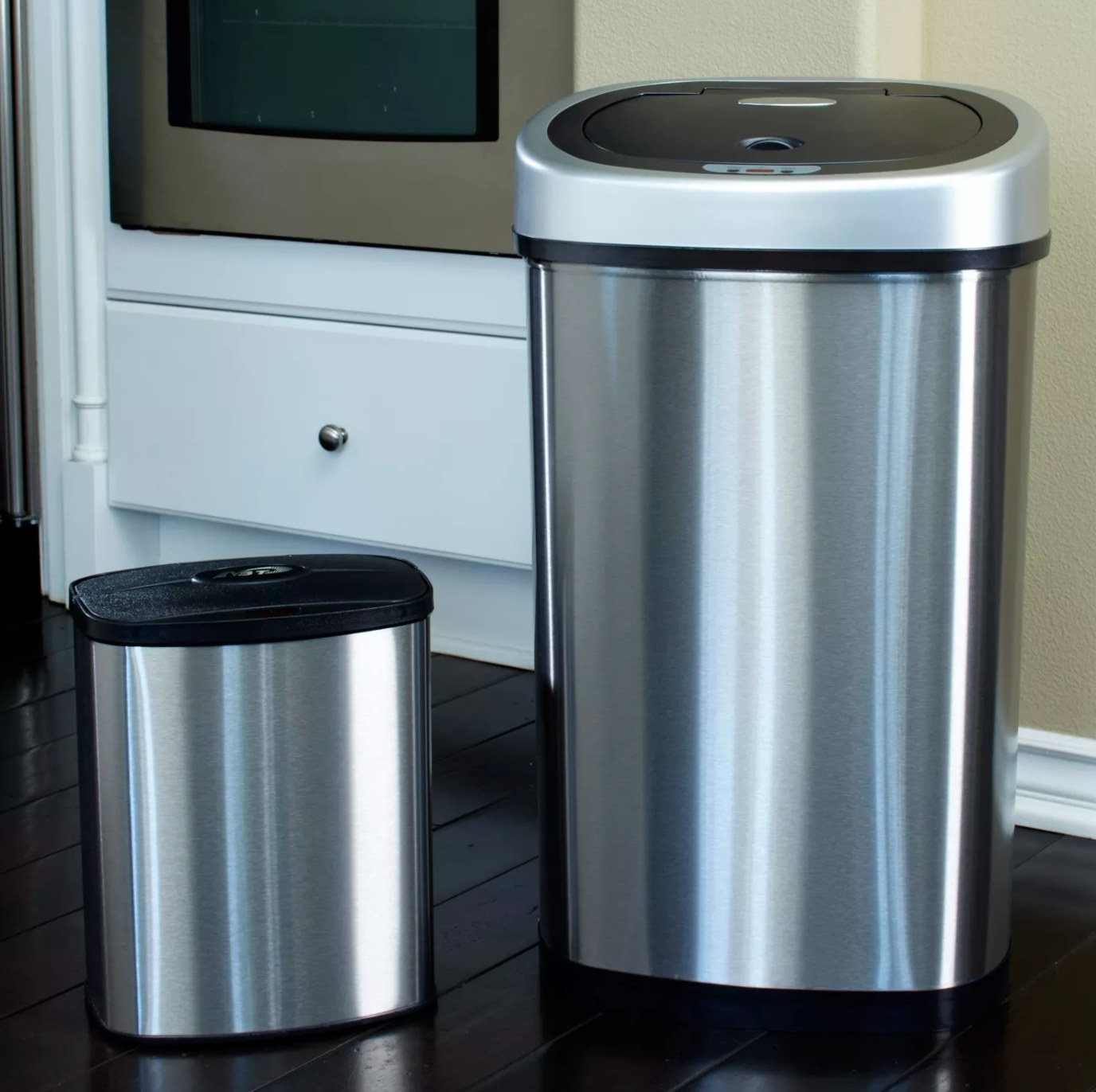 The stainless steel sensor trash can