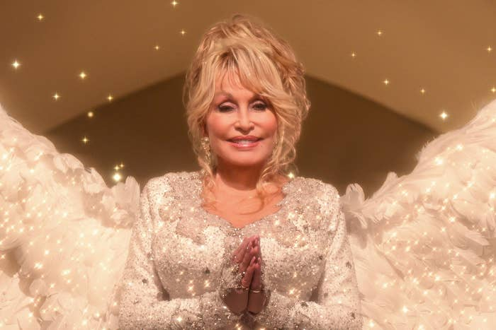 Dolly Parton in Christmas on the Square