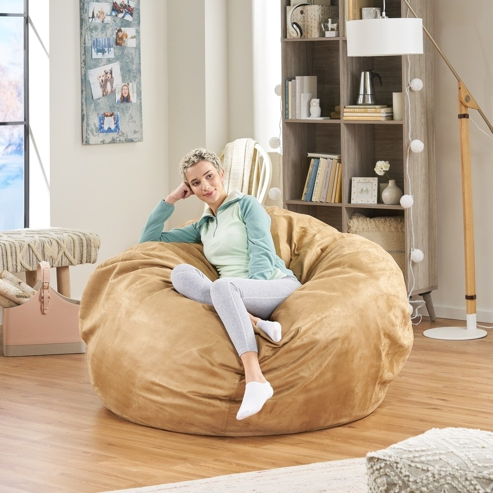 A model using the bean bag chair in camel