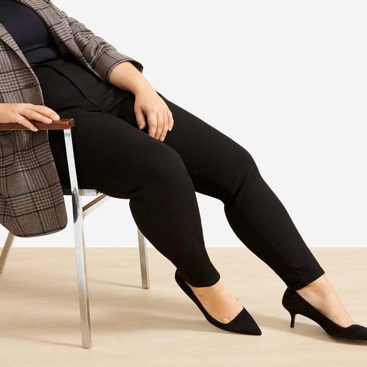 model wearing the black jeans