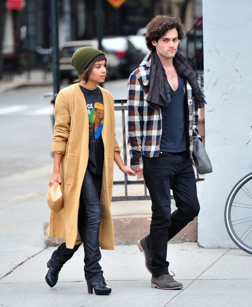Penn Badgley and Zoë Kravitz walking on the streets in New York City in 2011