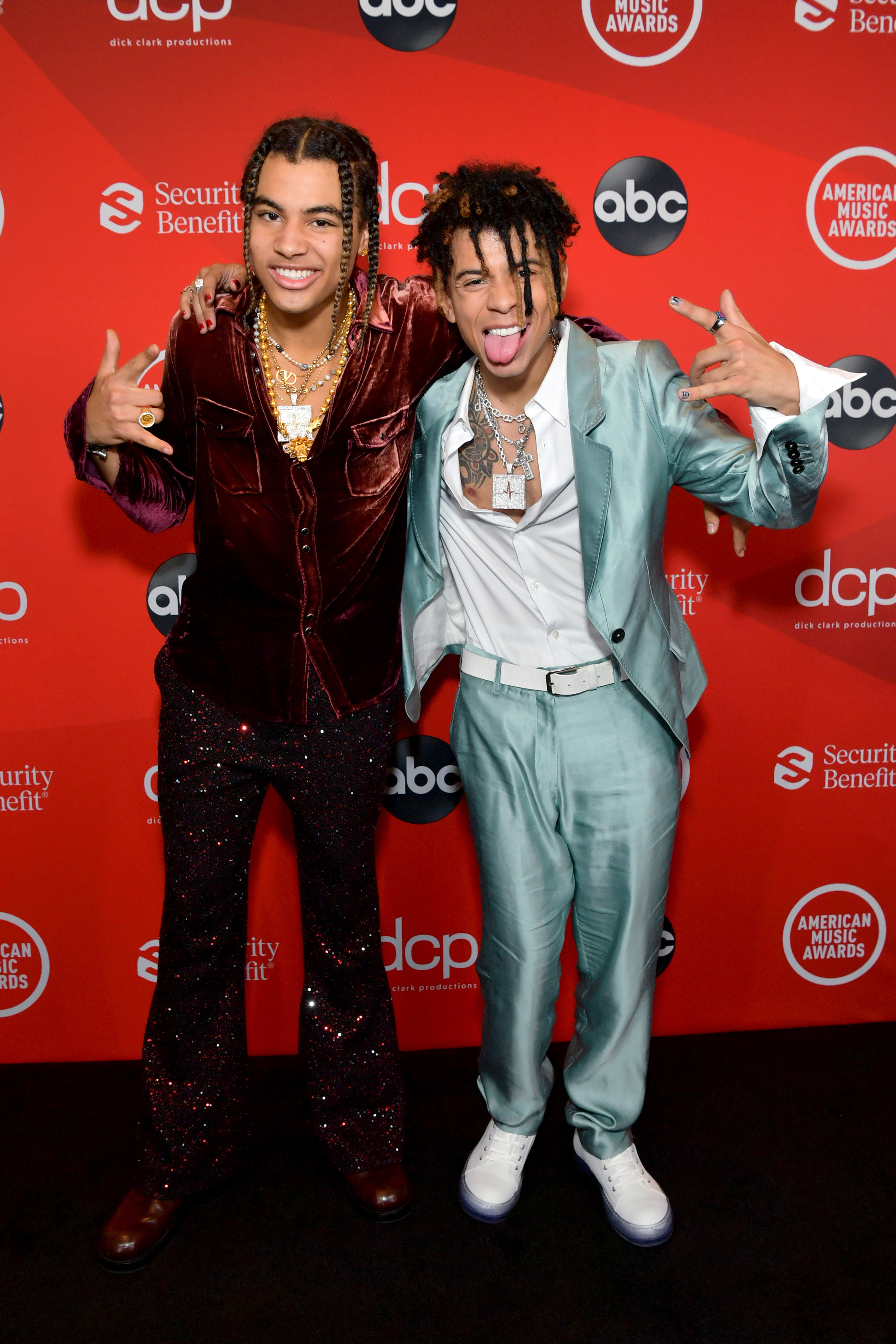 24kGoldn and Iann Dior attend the 2020 American Music Awards