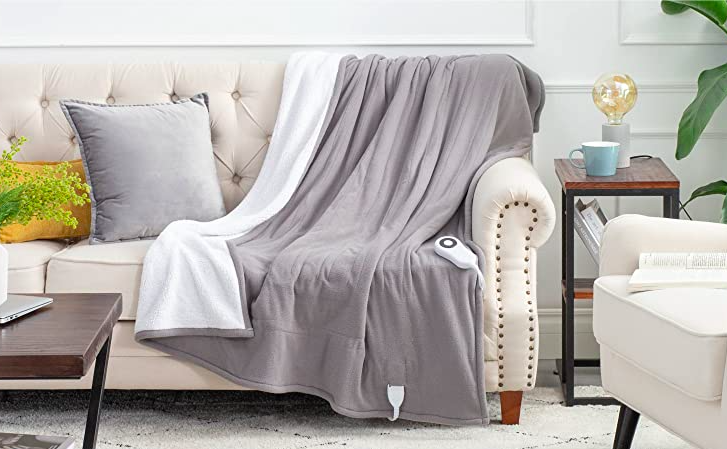 the gray bedsure heated blanket on a couch