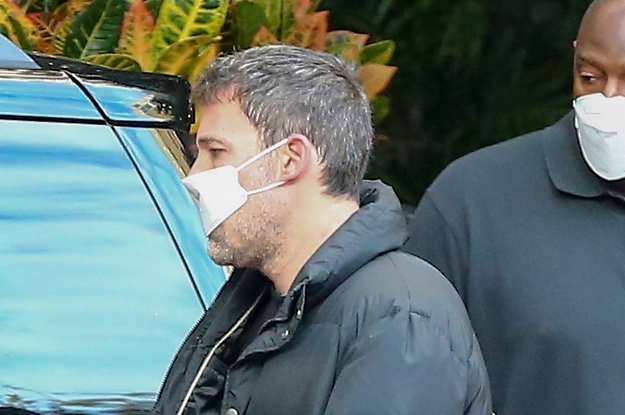 Ben Affleck Wore A Tiny Lil' Mask And The Scary Thing Is I Could See This Catching On
