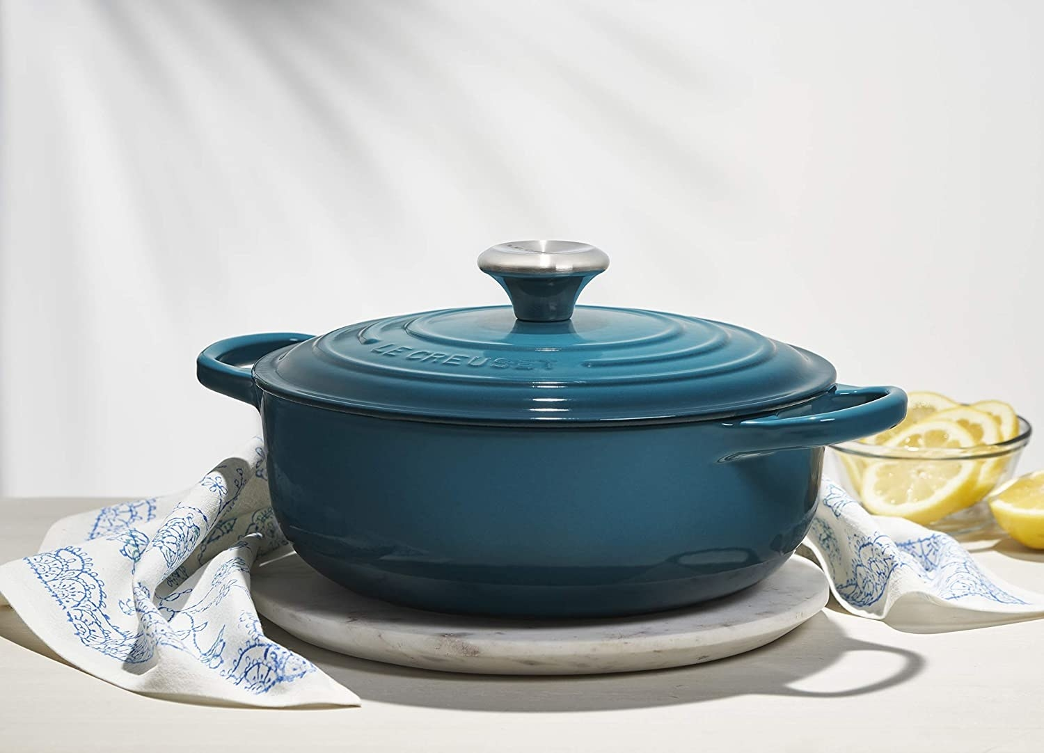 The blue Dutch oven