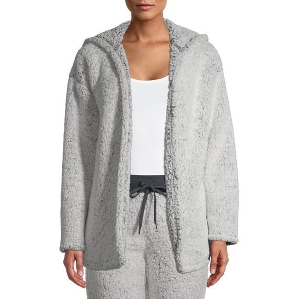 Model in gray sherpa bed jacket
