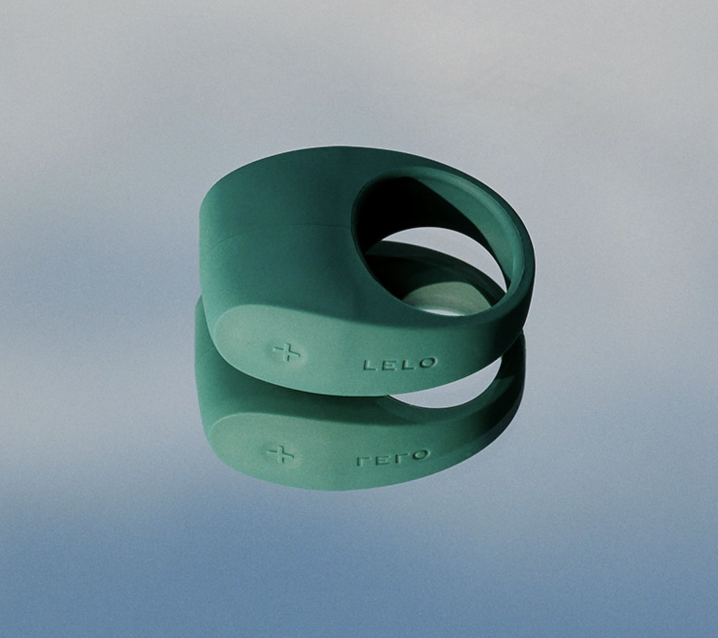 A green cock ring