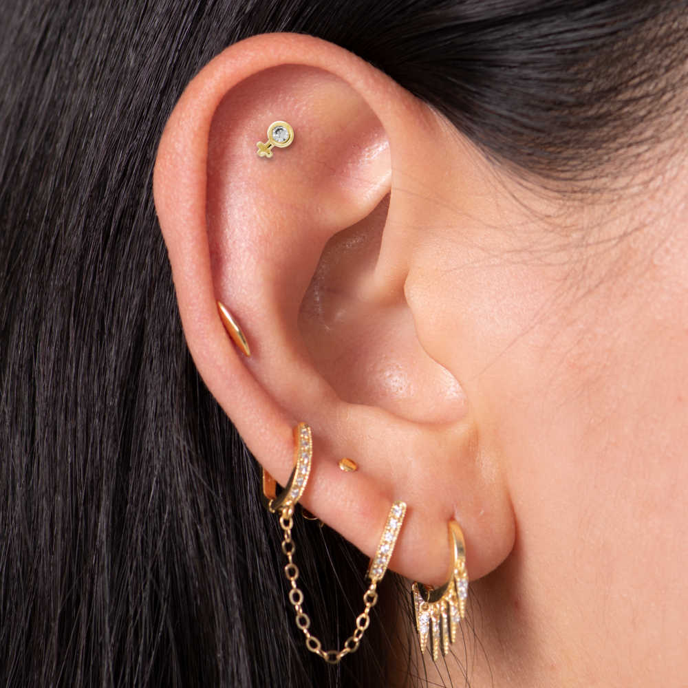 Chained pavé huggie earring