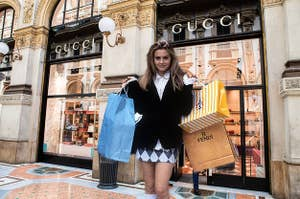 Cher Horowitz shopping at Gucci