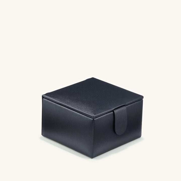 the black jewelry box