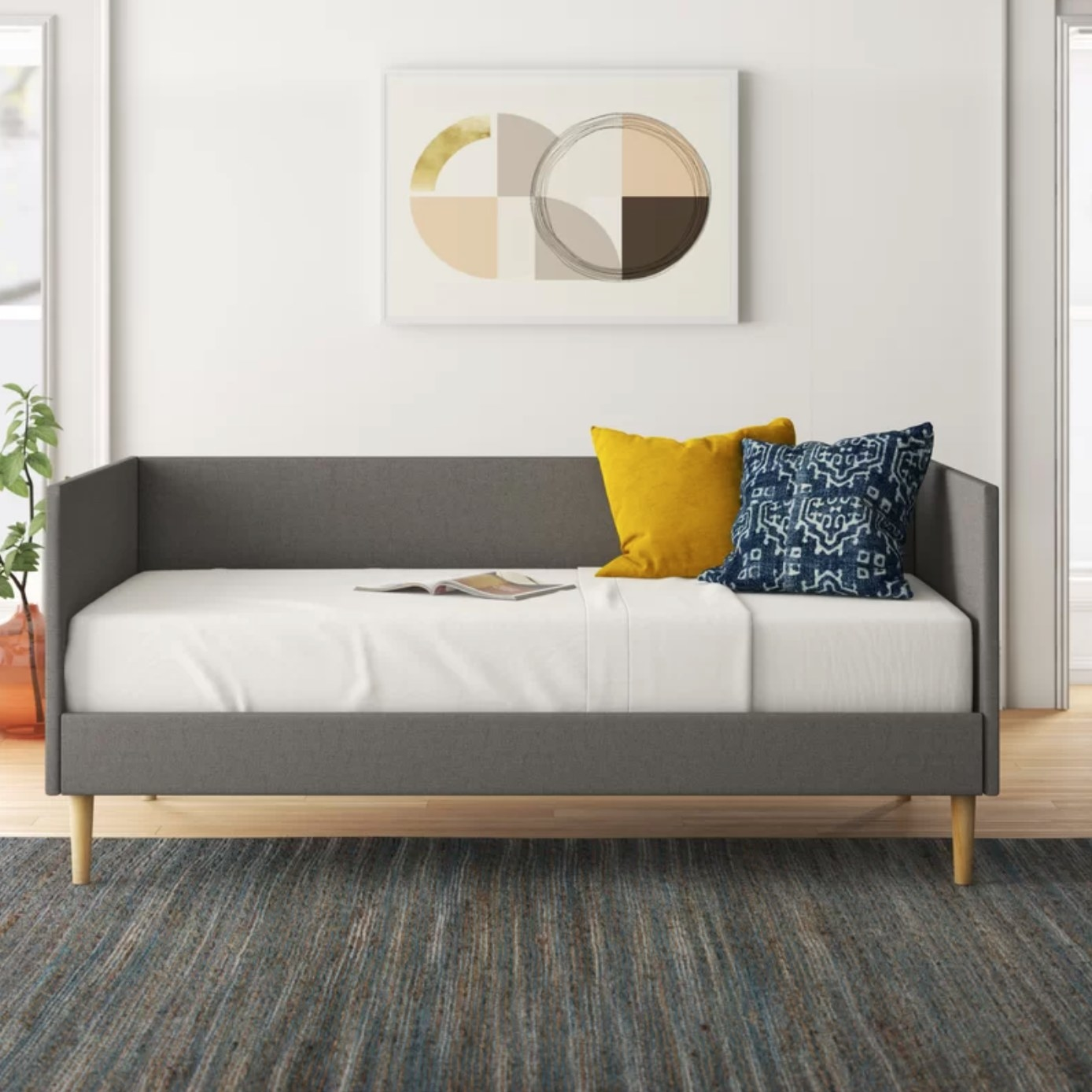 The daybed in gray linen
