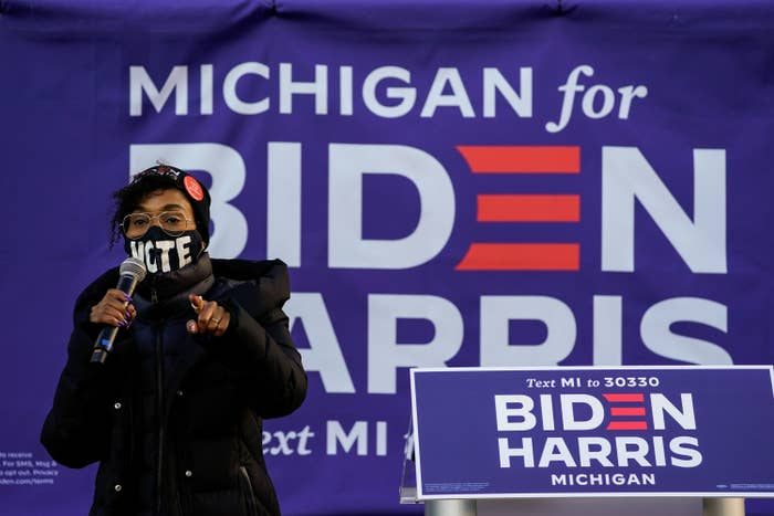 Actress Kerry Washington addresses the audience during canvas launch event at the parking lot of the 14th District Democratic Party Headquarters on Monday, Nov. 2, 2020 in Detroit, MI