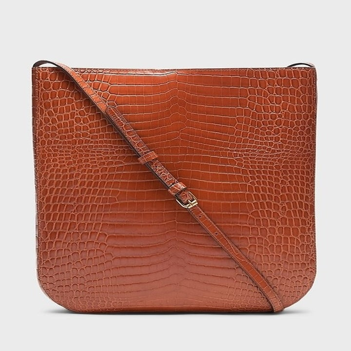 the brown leather purse